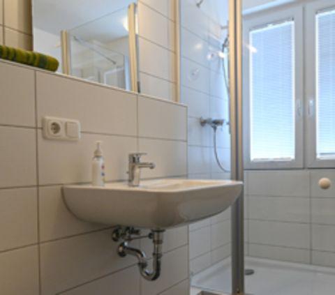 Badezimmer in der Wohngruppe in der Lettow-Vorbeck-Straße